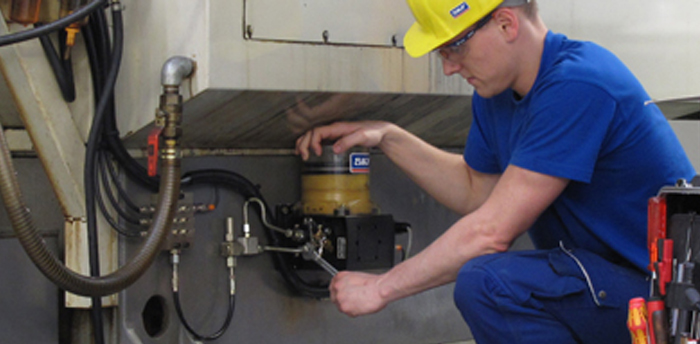 Everything You Need To Know About Automatic Lubrication Systems Je