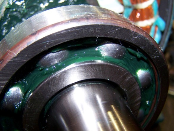 Motor maintenance mechanical considerations je bearing for Electric motor bearing grease